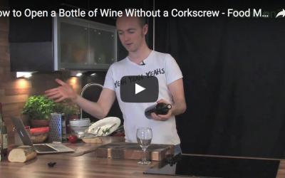 Curiosidades: ¿Cómo descorcharías una botella si no tienes sacacorchos?